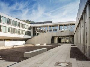 Lycée Edward Steichen - cour intérieure