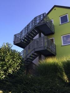 Escalier extérieure en acier