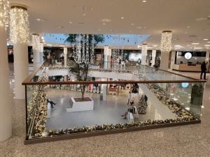 Garde-corps intérieure - centre commerciale